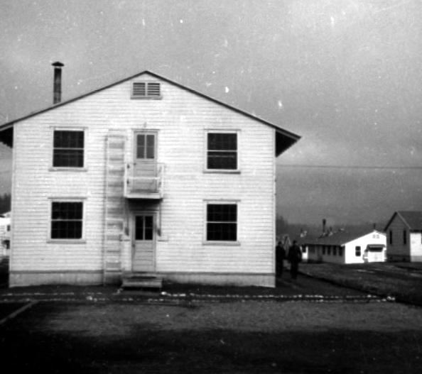 barracks 3
