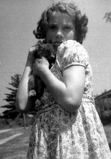 carol with kitten 1