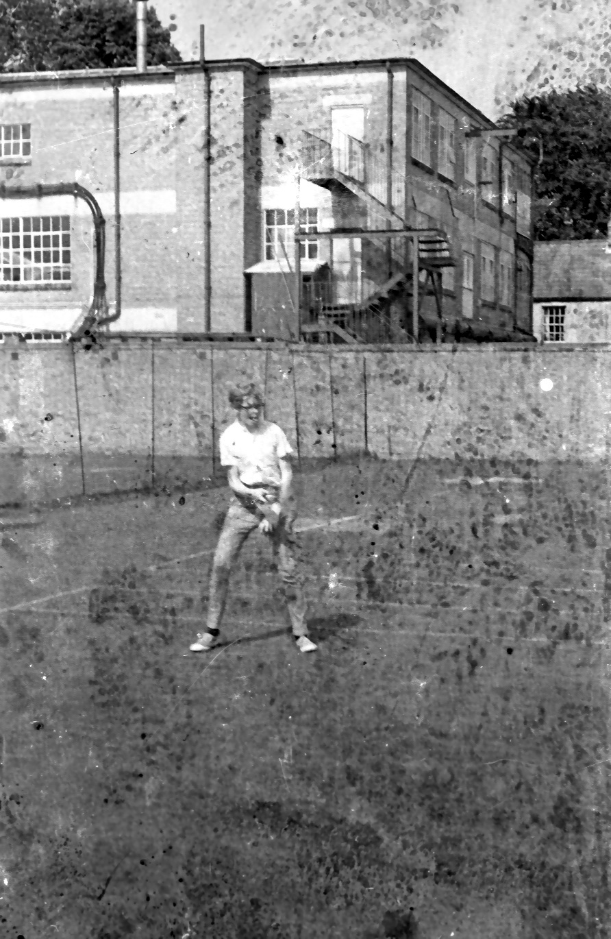 mike on tennis court