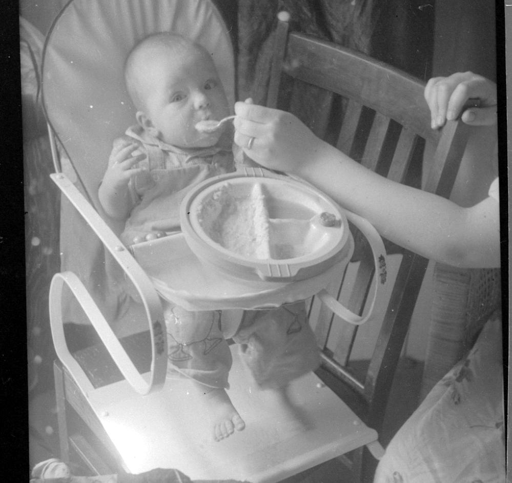 mom feeding me 1